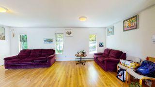 "Photo 10: 5824 MEDUSA Street in Sechelt: Sechelt District House for sale in ""DOWNTOWN"" (Sunshine Coast)  : MLS®# R2458155"