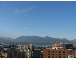 """Photo 2: 1506 550 TAYLOR Street in Vancouver: Downtown VW Condo for sale in """"THE TAYLOR"""" (Vancouver West)  : MLS®# V782558"""
