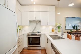 """Photo 3: 310 1388 NELSON Street in Vancouver: West End VW Condo for sale in """"Andaluca"""" (Vancouver West)  : MLS®# R2616916"""