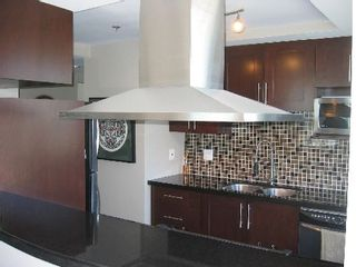 """Photo 15: 2005 289 DRAKE Street in Vancouver: Downtown VW Condo for sale in """"PARKVIEW TOWER"""" (Vancouver West)  : MLS®# V661632"""