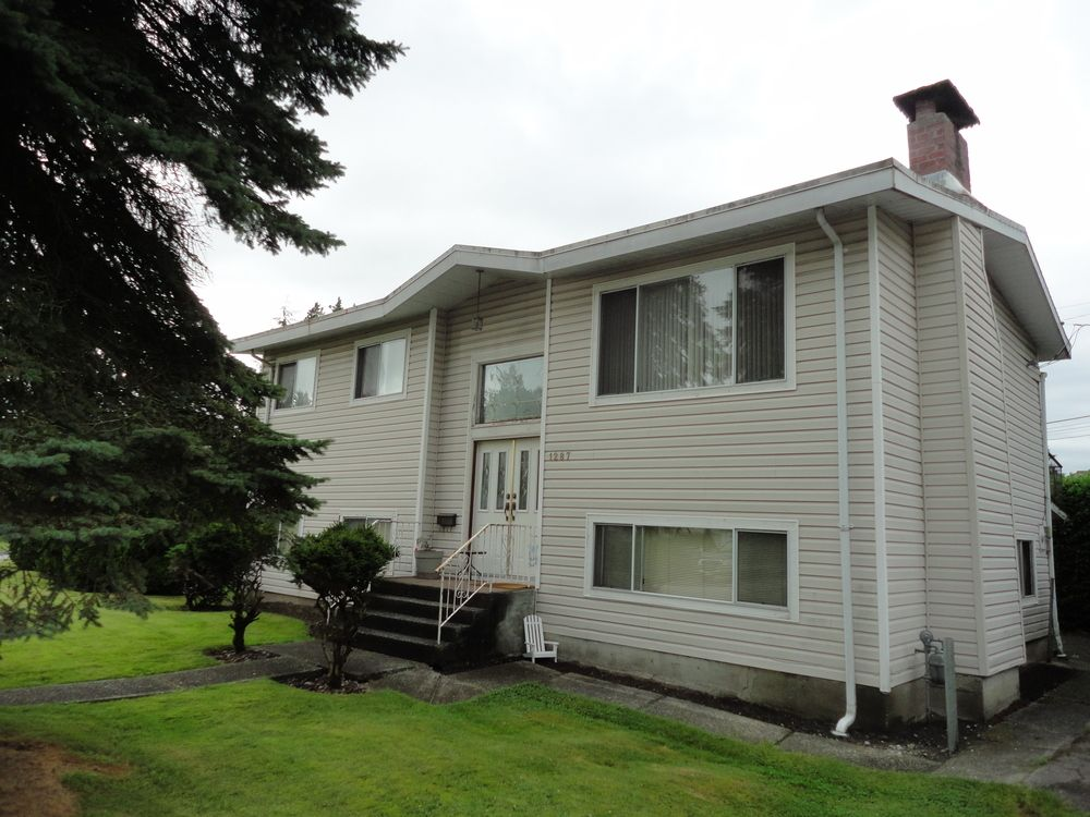Main Photo: 1287 BARBERRY Drive in PORT COQUITLAM: Birchland Manor House for sale ()