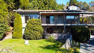 "Photo 1: 5359 BENNER Road in Sechelt: Sechelt District House for sale in ""SELMA PARK"" (Sunshine Coast)  : MLS®# R2565678"