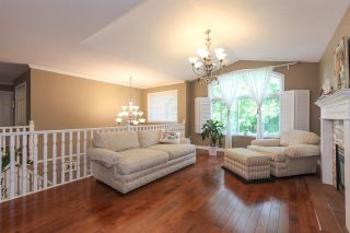 Photo 2: 12142 238B Street in Maple Ridge: East Central House for sale : MLS®# R2305190