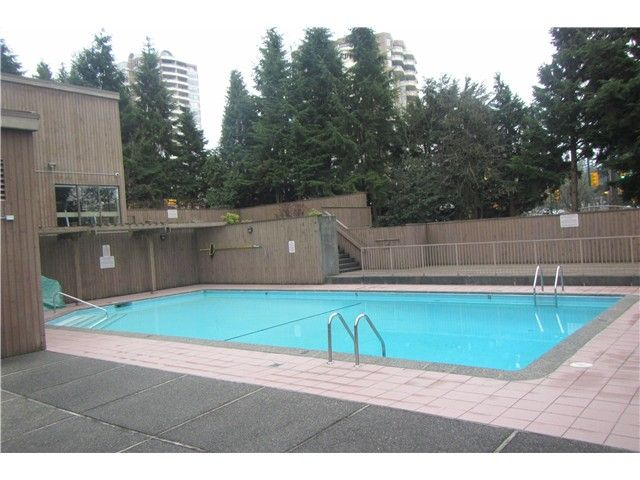 """Photo 11: Photos: 1206 5652 PATTERSON Avenue in Burnaby: Central Park BS Condo for sale in """"CENTRAL PARK PLACE"""" (Burnaby South)  : MLS®# V1044313"""