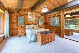 Photo 8: 353 Wireless Rd in Comox: CV Comox Peninsula House for sale (Comox Valley)  : MLS®# 881737