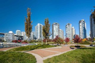 "Photo 37: 802 638 BEACH Crescent in Vancouver: Yaletown Condo for sale in ""ICON"" (Vancouver West)  : MLS®# R2511968"