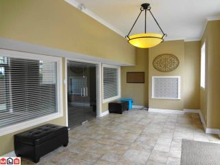"Photo 10: # 205 20286 53A AV in Langley: Langley City Condo for sale in ""CASA VERONA"" : MLS®# F1209543"