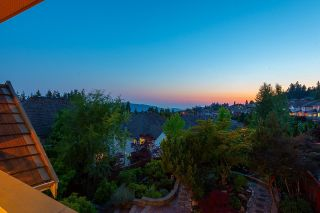 """Photo 27: 11 CLIFFWOOD Drive in Port Moody: Heritage Woods PM House for sale in """"STONERIDGE"""" : MLS®# R2597161"""