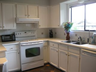 Photo 5: 12815 114 AVENUE in SURREY: Home for sale