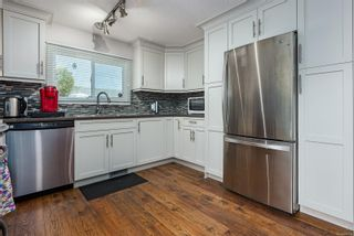 Photo 8: 2173 E 5th St in Courtenay: CV Courtenay East Manufactured Home for sale (Comox Valley)  : MLS®# 880124