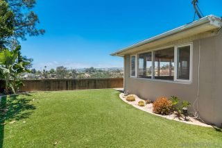 Photo 4: BAY PARK House for sale : 2 bedrooms : 3010 Iroquois Way in San Diego
