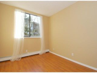 """Photo 9: 107 8870 CITATION Drive in Richmond: Brighouse Condo for sale in """"CARTWELL MEWS"""" : MLS®# V1036917"""