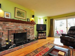 Photo 3: 108C 2250 Manor Pl in COMOX: CV Comox (Town of) Condo for sale (Comox Valley)  : MLS®# 782816