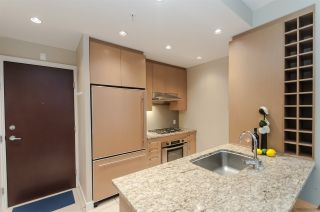 """Photo 7: 905 1468 W 14TH Avenue in Vancouver: Fairview VW Condo for sale in """"THE AVEDON"""" (Vancouver West)  : MLS®# R2457270"""