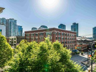 """Photo 11: 409 1133 HOMER Street in Vancouver: Yaletown Condo for sale in """"H&H"""" (Vancouver West)  : MLS®# R2582062"""