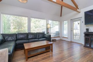 Photo 6: 9320/9316 Lochside Dr in : NS Bazan Bay House for sale (North Saanich)  : MLS®# 886022