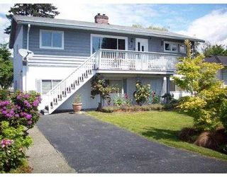 Photo 1: 772 E 10TH Street in North_Vancouver: Boulevard House for sale (North Vancouver)  : MLS®# V717547