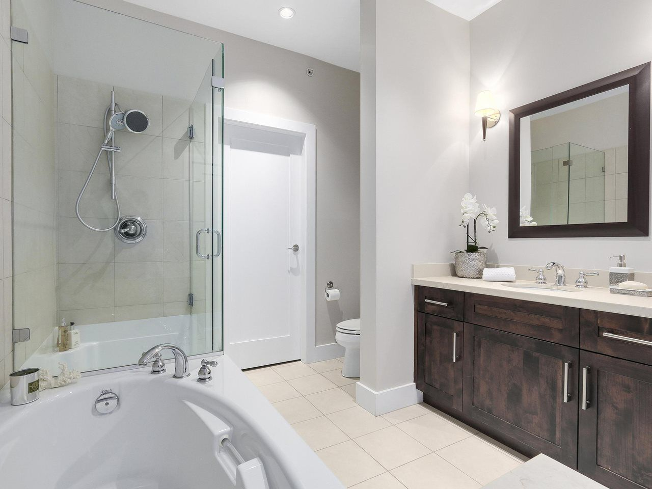 """Photo 19: Photos: 404 6328 LARKIN Drive in Vancouver: University VW Condo for sale in """"Journey"""" (Vancouver West)  : MLS®# R2146632"""
