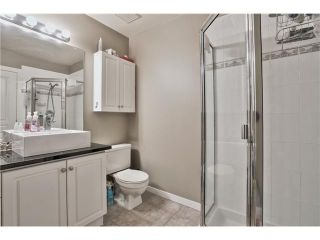 """Photo 10: 520 ST GEORGES Avenue in North Vancouver: Lower Lonsdale Townhouse for sale in """"STREAMLINE PLACE"""" : MLS®# V1067178"""