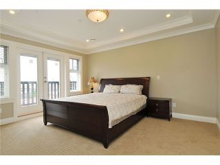 """Photo 6: 3293 E 18TH Avenue in Vancouver: Renfrew Heights House for sale in """"RENFREW HEIGHTS"""" (Vancouver East)  : MLS®# V973611"""