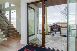 Photo 4: 1152 MARTIN Street: White Rock House for sale (South Surrey White Rock)  : MLS®# R2617869
