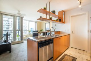 """Main Photo: 3007 1495 RICHARDS Street in Vancouver: Yaletown Condo for sale in """"AZURA 2"""" (Vancouver West)  : MLS®# R2614457"""