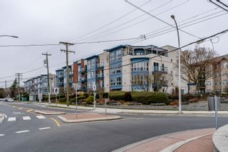 """Photo 32: 204 20277 53 Avenue in Langley: Langley City Condo for sale in """"The Metro II"""" : MLS®# R2347214"""