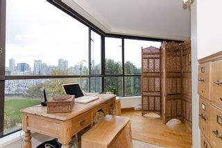 "Photo 22: 202 1490 PENNYFARTHING Drive in Vancouver: False Creek Condo for sale in ""HARBOUR COVE"" (Vancouver West)  : MLS®# V977927"