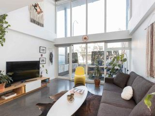 """Photo 1: 274 E 2ND Avenue in Vancouver: Mount Pleasant VE Townhouse for sale in """"JACOBSEN"""" (Vancouver East)  : MLS®# R2572730"""