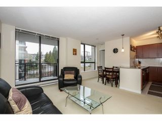 """Photo 10: 803 813 AGNES Street in New Westminster: Downtown NW Condo for sale in """"DOWNTOWN NW"""" : MLS®# V1101785"""