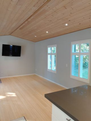 Photo 6: 5608 WAKEFIELD Road in Sechelt: Sechelt District Manufactured Home for sale (Sunshine Coast)  : MLS®# R2492795