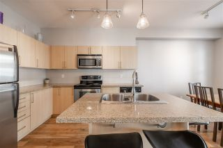 """Photo 5: 67 6575 192 Street in Surrey: Clayton Townhouse for sale in """"IXIA"""" (Cloverdale)  : MLS®# R2495504"""