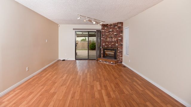 """Photo 9: Photos: 14743 89TH Avenue in Surrey: Bear Creek Green Timbers House for sale in """"GREEN TIMBERS"""" : MLS®# F1114759"""