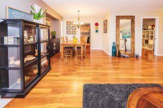 Photo 4: 20261 123 Avenue in Maple Ridge: Northwest Maple Ridge House for sale : MLS®# R2341017