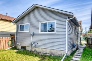 Photo 4: 35 Whitmire Road NE in Calgary: Whitehorn Detached for sale : MLS®# A1010209