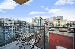"Photo 20: 907 38 W 1ST Avenue in Vancouver: False Creek Condo for sale in ""The One"" (Vancouver West)  : MLS®# R2552477"