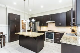 """Photo 5: 6074 163B Street in Surrey: Cloverdale BC House for sale in """"West Cloverdale"""" (Cloverdale)  : MLS®# R2624058"""