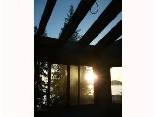 Photo 8: 8941 CHIKUAINUK Road in Halfmoon Bay: Halfmn Bay Secret Cv Redroofs House for sale (Sunshine Coast)  : MLS®# V865587