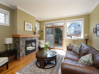 Photo 3: 17 10520 McDonald Park Rd in : NS McDonald Park Row/Townhouse for sale (North Saanich)  : MLS®# 871986