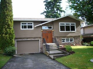 Photo 1: 15590 MADRONA DR in Surrey: King George Corridor House for sale (South Surrey White Rock)  : MLS®# F1425041