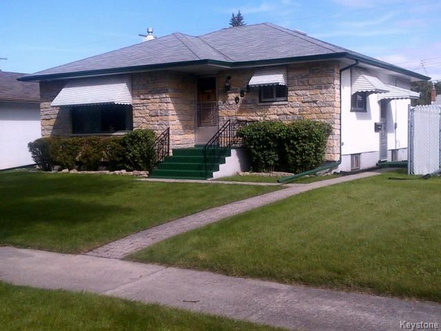 Main Photo: 985 Cathedral Avenue in WINNIPEG: North End Residential for sale (North West Winnipeg)  : MLS®# 1428397