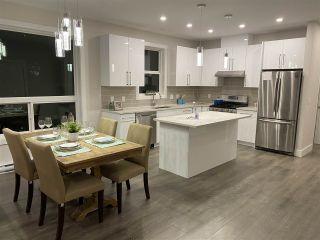 Photo 4: 6073 HEARTWOOD Place in Sechelt: Sechelt District House for sale (Sunshine Coast)  : MLS®# R2546362