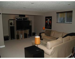 Photo 14: 203 Royal Ridge Mount NW in Calgary: Royal Oak Residential Detached Single Family for sale : MLS®# C3376574