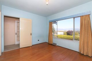 Photo 11: 4207 QUESNEL Drive in Vancouver: MacKenzie Heights House for sale (Vancouver West)  : MLS®# R2403769