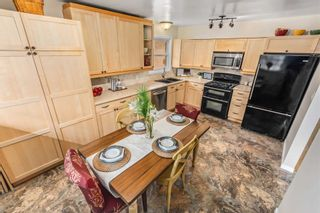 Photo 13: 62 Parkway Crescent in Clarington: Bowmanville House (Bungalow) for sale : MLS®# E5149716