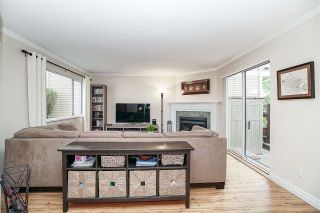 """Photo 5: 8 2223 ST JOHNS Street in Port Moody: Port Moody Centre Townhouse for sale in """"Perry's Mews"""" : MLS®# R2206547"""