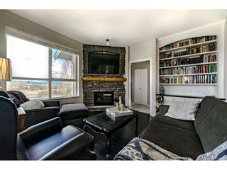Photo 2: 424- 5655 210A Street in Langley: Salmon River Condo for sale : MLS®# R2351082