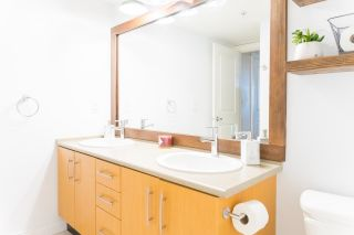 """Photo 11: 208 500 KLAHANIE Drive in Port Moody: Port Moody Centre Condo for sale in """"THE TIDES"""" : MLS®# R2589144"""