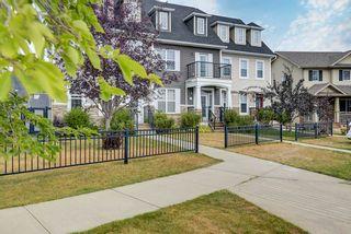 Photo 2: 9810 104 Avenue: Morinville Attached Home for sale : MLS®# E4259535
