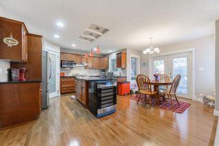 Photo 9: 3040 MACNEIL Way in Edmonton: Zone 14 House for sale : MLS®# E4263321